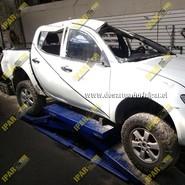 Mitsubishi L200 Katana 2010 2011 2012 2013 2014 2015 en Desarme