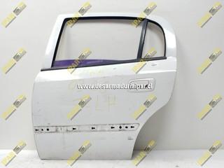 Puerta Trasera Izquierda Sedan*** Chevrolet Astra 1998 1999 2000 2001 2002 2003 2004 2005 2006