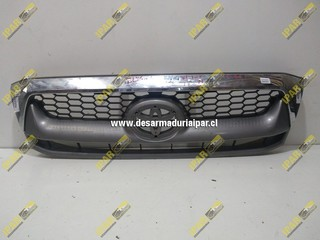 Mascara Con Bisel Cromado Toyota Hilux 2010 2011
